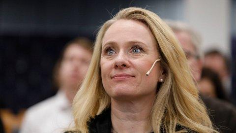 KUTTER IGJEN: Arbeids- og sosialminister Anniken Hauglie (H) fortsetter med å kutte i velferd. Nå kommer en kraftig kutt i AAP-penger.