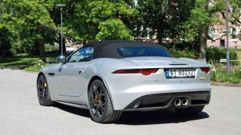 Det kan bli rimeligere å unne seg en Jaguar F-Type fra neste år, dette er en av bilene som får solid avgiftskutt.