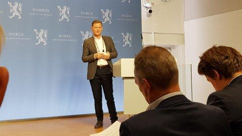 Administrerende direktør i MNU, Yngvar Trandem, deltok tirsdag på dialogmøte om forsvarets langtidsplaner.