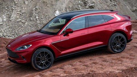 Fire år etter at konseptet første gang ble vist er den klar: Den aller første SUV-en fra Aston Martin.