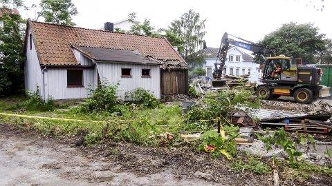 Undrer: –Et spørsmål en bør stille, også til byantikvar Berit Kolden, er: hvor mange tollstuer type Grinda kan en formode fremdeles finnes i hele Norge, spør Audun Johannessen.