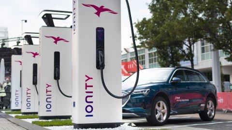 Lade-giganten Ionity går nå ut med sin prisstruktur på strøm. Den er dårlige nyheter for mange elbileiere.