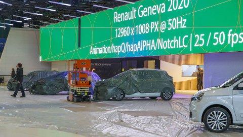 Det har vært jobbet intenst med innspurten til bilutstillingen i Geneve som etter planen skulle åpne i neste uke. Men nå er det klart at denne er kansellert.