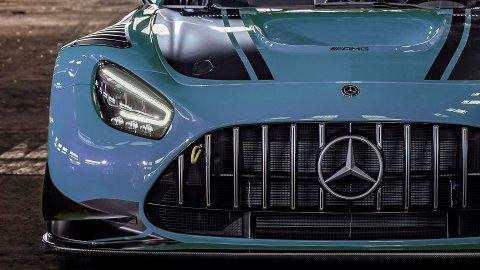 I løpet av året lanserer Mercedes en helt ny toppmodell: AMG GT R Black Series. Bilen blir tidenes kraftigste Mercedes-modell med rundt 700 hk. (Illutrasjonsfoto basert på AMG GT3)