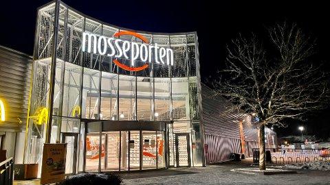 MISBRUKT: Mosseporten kjøpesenter ble misbrukt av svindlere på Facebook.