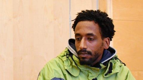 VAR SAMMEN: Simon Fitsum Gebremichael var sammen med den savnede Amanuel Tewelde Tela forrige fredag. – Jeg dro fra puben tidligere enn Amanuel, forteller han.