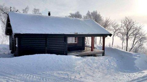 BÅDE OG: Mange drar på hytta i påska, mens langt færre går på ski enn man skulle tro...