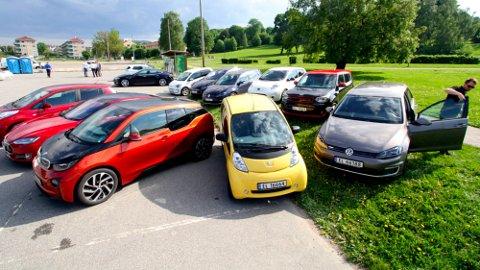 FLERE OG FLERE BRUKTE ELBILER: Utvalget av brukte elbiler har etter hvert blitt ganske stort. Dette kan også være smarte bilkjøp.