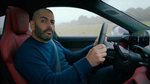 Bilekspert Chris Harris er mektig imponert over elbilen Porsche Taycan, men er samtidig klar på at dette ikke er en bil for folk flest.