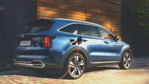 Kia Sorento kommer som ladbar hybrid i månedsskiftet februar/mars. Men startpris på 599.000 kroner kan dette bli en svært interessant bil i det norske markedet.