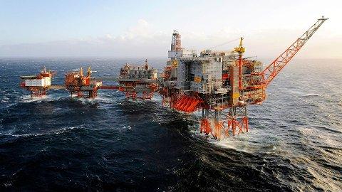 STRØMMER INN: Olje og- gassprisene er historiske høye, og det tjener Norge godt på. Eksportinntektene forventes å bli ekstremt høye.
