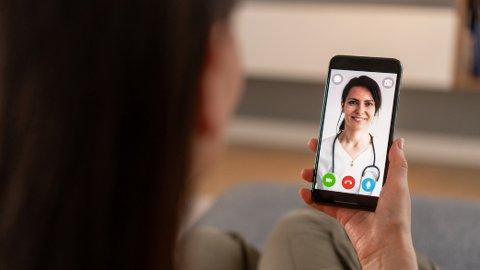 FORSKJELLER: Det kan være store prisforskjeller mellom ulike private legesenter, enten du ønsker konsultasjon på video eller en fysisk konsultasjon.