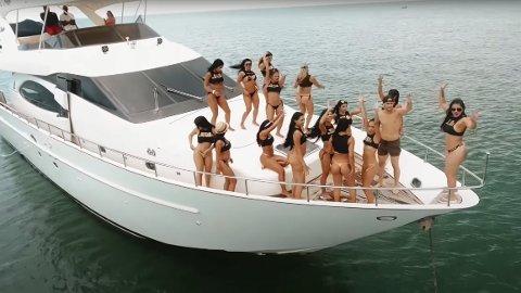 Kontroversielt: Sex, alkohol og vill fest er hovedingrediensene når Sex Island reklamerer for sine arrangementer. De har fått massiv kritikk fra lokale myndigheter. Her fra en av arrangørenes promoteringsvideoer.