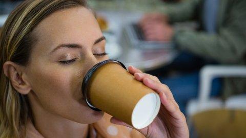 FØR TRENING: En kopp kaffe før et løp kan gjøre susen for mosjonister.