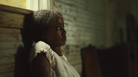 «The Underground Railroad» er mesterlig komponert, både  visuelt og fortellerteknisk.