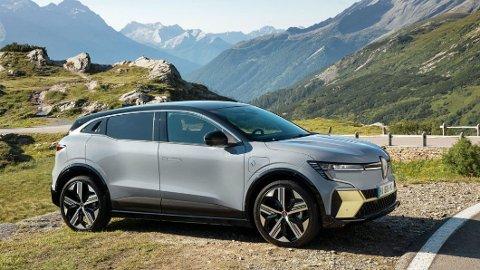 PÅ VEI: Dette er nye Renault Megane E-Tech, en elektrisk crossover som kommer til våren neste år.