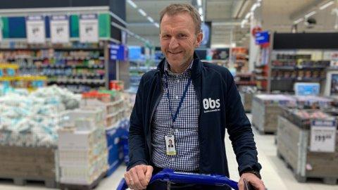 SATSER PÅ NY TEKNOLOGI: Lars Tendal er kjedesjef for Obs. Foto: Halvor Ripegutu