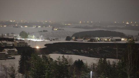 KVIKKLEIRE: Jordraset på Gjerdrum i Viken fylke har tatt med seg flere bolighus, og 1.000 mennesker er evakuert.