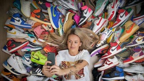 BEHAGELIGE SKO:Det har aldri handlet om sko generelt, eller om finsko. Kun joggesko. Sko skal være behagelige å ha på seg og å gå i, mener Hanna Helsø. Foto: