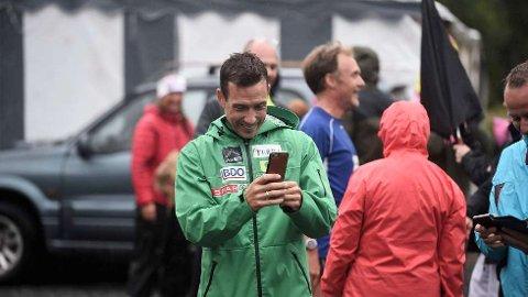 HACKET:Da Eldar Rønning kom hjem fra skitur fra Røros oppdaget han en rekke meldinger på mobiltelefonen fra venner og kjente som mente han var hacket. Bildet er fra St. Olavsloppet i 2018.