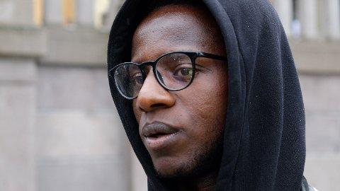 INITIATIVTAKER: Babu Katembo fra organisasjonen ARISE var en av initiativtakerne til George Floyd-demonstrasjonen i Oslo fredag. Foto: Trond Lepperød (Nettavisen)