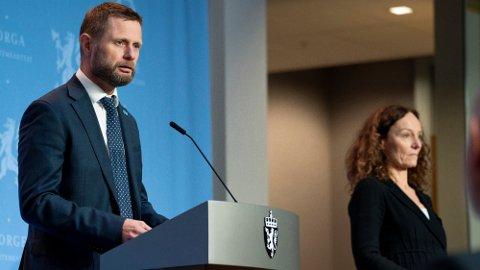 MØTER PRESSEN: Helse- og omsorgsminister Bent Høie og direktør i Folkehelseinstituttet, Camilla Stoltenberg har pressekonferanse om koronasituasjonen klokken 15 onsdag.