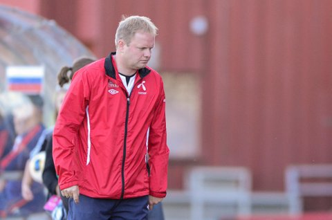 FORTVILET: Roger Finjord, assistenttrener for kvinnelandslaget i fotball, presses for penger av datahackere etter å ha fått virus på pc'en sin.