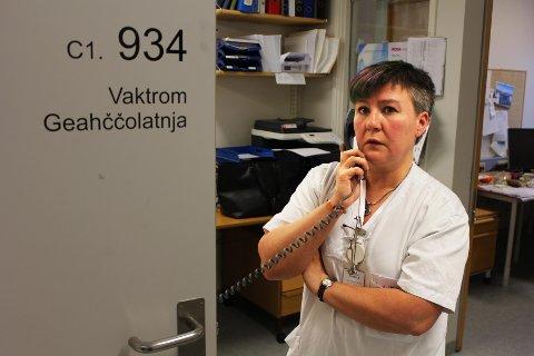 TAR MYE FOKUS: - Jeg opplever at tall og økonomi opptar enormt mye tid og fokus, sier avdelingssykepleier Solveig Gulmælæ. Foto: Bengt Nielsen