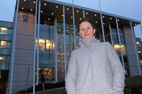 VIL LØSE BOLIGKRISE: Kristin Røymo (Ap) mener det snarest må bygges flere kommunale boliger slik at boligløse ikke må plasseres på hoteller og campingplasser.