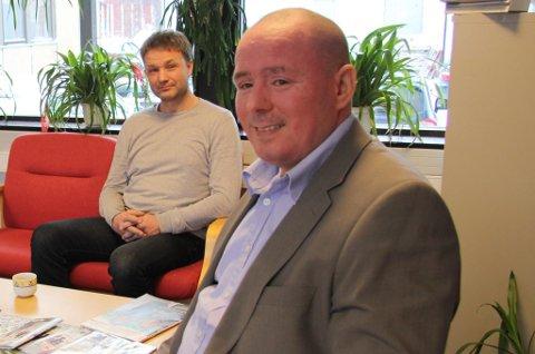 Rune Bjerkli (t.h.) velger å gå av som leder av Nordreisa Idrettsråd etter en konflikt med Troms Idrettskrets.