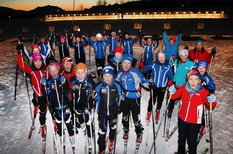 Tromsø Skiskytterlag forteller om høy rekruttering, og er engstelig for aktivitetene hvis de blir stående «mellombar» uten en fullverdig arena når Folkebadet gjør innhugg i stadion på Templarheimen. Bildet fra en samling i fjor har ikke sammenheng med saken.