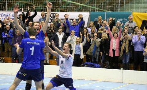 BK Tromsø kunne juble etter serien mo Kristiansund i semifinalen i NM-cupen. I jakten på ny kongepokal blir det nesten ikke juleferie på spillerne. Foto: Eivind Rinde