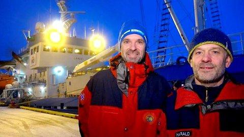 """HISTORISK FORSKNINGSTOKT: Forskningsfartøyet """"Lance"""" er nå på vei nordover til isødet i Arktis for å la seg fryse inn og drive med isen. I seks måneder skal forskere fra ti nasjoner drive viktig klimaforskning. Prosjektleder Harald Steen (t.h.) og direktør Jan-Gunnar Winther ved Norsk Polarinstitutt har store forventninger til forskningstoktet. Foto: Guttorm Pedersen"""