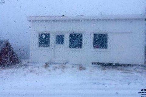 STRØMLØST: Minst 18.000 husstander er nå uten strøm langs Lofoten. Strømmen har også gått i Sortland, melder Sortland Radio.