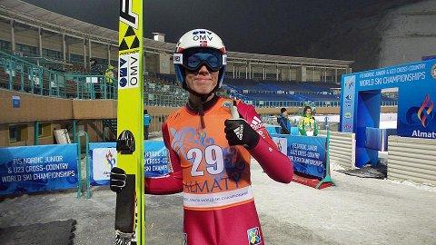 Johann Forfang kunne juble etter individuelt VM-gull torsdag. Lørdag vant Forfang og Norge lagkonkurransen. Foto: Norges Skiforbund.