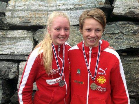 Vilde Lundin og Fredrik Vaeng Røtnes fra BUL Tromsø gikk begge inn til sølv på kappgangdistansen under innendørs-NM på Steinkjer. Nå ser de franm til utendørssesongen. Foto: Morten Trane.
