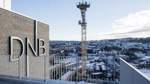 Forbrukerrådet går til gruppesøksmål mot DNB på vegne av 180.000 DNB-kunder.