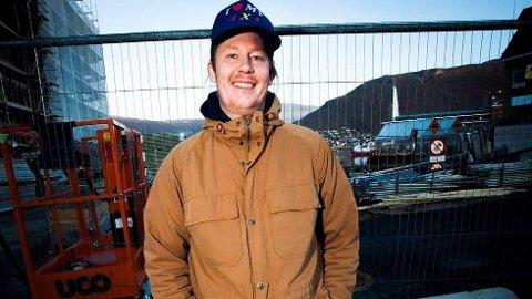 FÅR PLATE: Christian Hollingsæter, en kjent mann i Tromsøs musikkmiljø, får en hel plate dedikert til seg. 18 artister bidrar på «For Christian H», som gis ut på Geir Jenssens (Biosphere) selskap Biophon Records.