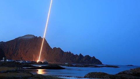 OPPSKYTING: I løpet av mars skal NASA skyte opp to raketter fra Andøya Space Center. Her fra en tidligere oppskyting.
