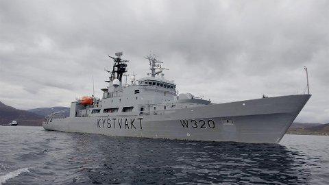 SAVNET: Besetningsmedlemmet ble sist sett ombord ved 02.30-tiden natt til lørdag, opplyser HRS.