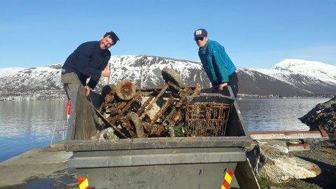 FULL: Containeren var helt full av søppel i etterkant av aksjonen.