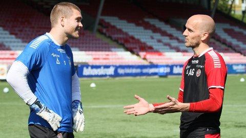 FORLENGER: Den ungarske keepertreneren bli å se på Alfheim ut året etter å ha forlenget kontrakten sin med TIL.