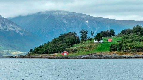 IDYLLISK: Ryøya, tidligere kalt moskusøya, har i de senere år blitt gjenstand for økt båttrafikk.