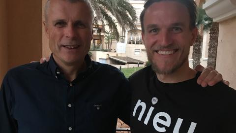 Her er Truls Jenssen sammen med Morten Giæver. Snart blir de to kolleger i TIL. Foto: TIL.