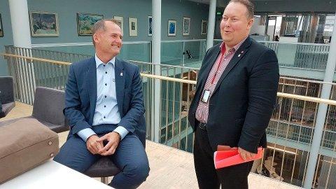 STØTTE: Havnedirektør Jørn-Even Hanssen opplever at han har støtte fra styret i Tromsø havn, her ved styreleder Jarle Heitmann.