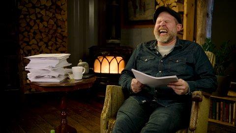 MARATONHYLLEST: Truls Svendsen gjør sitt beste for å inspirere nordmenn til å legge sommerferien til Nord-Norge i en fire timer lang kampanjevideo fra Innovasjon Norge.