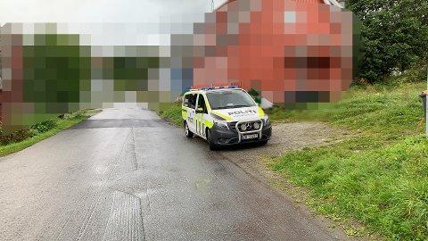 RYKKET UT: Politiet var raskt på stedet etter at de fikk meldingen.