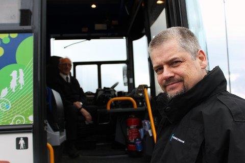 HAR KONTROLL: - Vi har kontroll over både utgifter og kostnader, sier Fylkestrafikk-direktør Kurt Bones. Foto: Bengt Nielsen