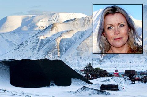 BEKYMRET: Christin Kristoffersen (Ap), lokalstyreleder (som tilsvarer ordfører) i Longyearbyen, er bekymret for Store Norskes fremtid. Foto: Berit Roald, Scanpix / Grete R. Haldorsen.