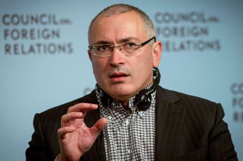 """MEDIEGRÜNDER: Mikhail Khodorkovskij har gått fra oljemagnat og oligark via fengsel til grunnlegger av nettavisen og bevegelsen """"Det åpne Russland"""". Foto: Brendan McDermid, Reuters/NTB Scanpix"""